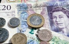 Dünya'nın En  Değerli Para Birimleri